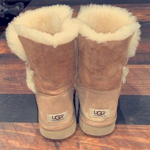 UGG Bailey Button Ankle